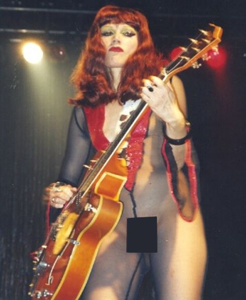 Playing In The Fall Wallpaper Poison Ivy The Cramps Appunti Pinterest Poison Ivy