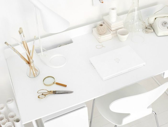 my scandinavian home: A beautiful office in white and light wood