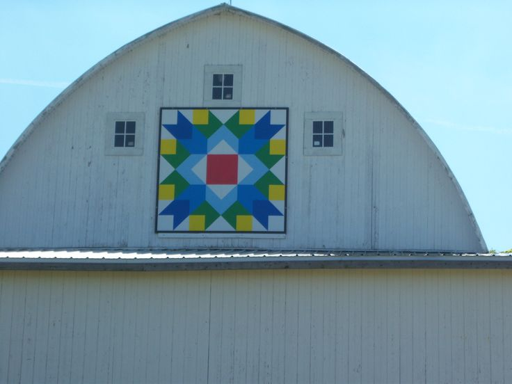 Arrow Crown, Culver Indiana, Marshall County Barn Quilt Trail