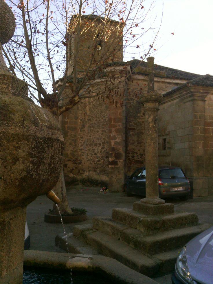 Hinojosa de San Vicente (Toledo) Iglesia parroquial de la Concepción.