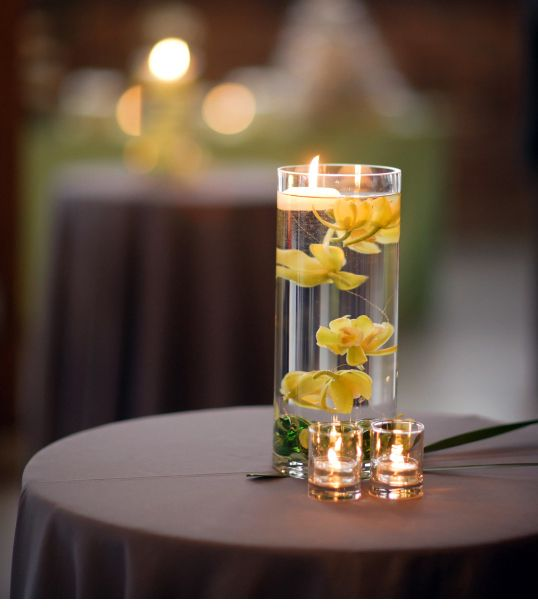Fall Floating Candle Centerpieces: 1000+ Ideas About Cylinder Vase Centerpieces On Pinterest