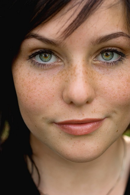 I wish I had freckles. :/