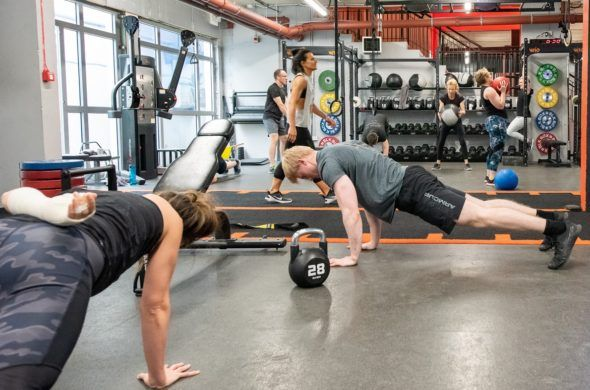 Wod Patriot Shoulders Fitness Workout Wod Superhero Captainamercia Schulterubungen Trainingsubungen Oberkorper Training