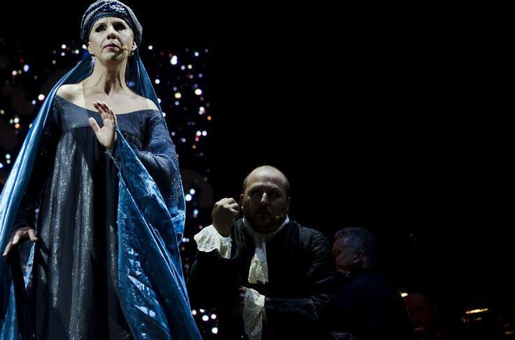 Mercoledì 23 luglio 2014 piazza San Carlo: Il flauto magico, Die #Zauberflote. Orchestra e Coro del Teatro Regio. Foto di Progetto Bifronte #festivalmozart #Mozart #Torino