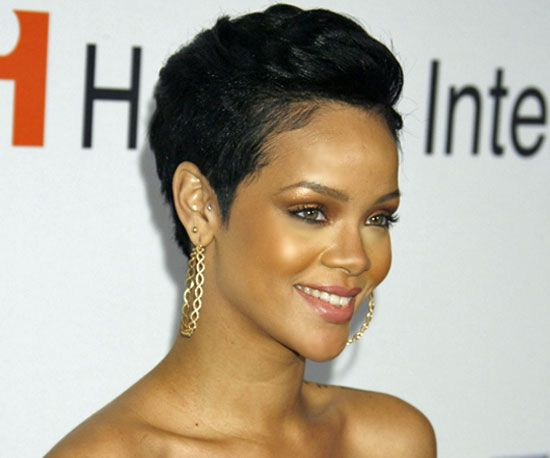 25+ Best Ideas About Rihanna Pixie Cut On Pinterest