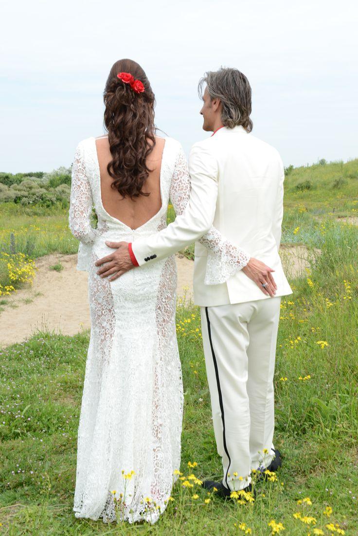 Hier nog 1 foto dan van de achterkant met lage open rug van de #custom made #trouwjurk die we hebben gemaakt voor #bruid Sylvia #weirdcloset