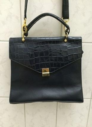 Kaufe meinen Artikel bei #Kleiderkreisel http://www.kleiderkreisel.de/damentaschen/handtaschen/122952550-medici-vintage-handtasche-dunkelblau-blau-gold-vintage-handbag-fashion-blogger
