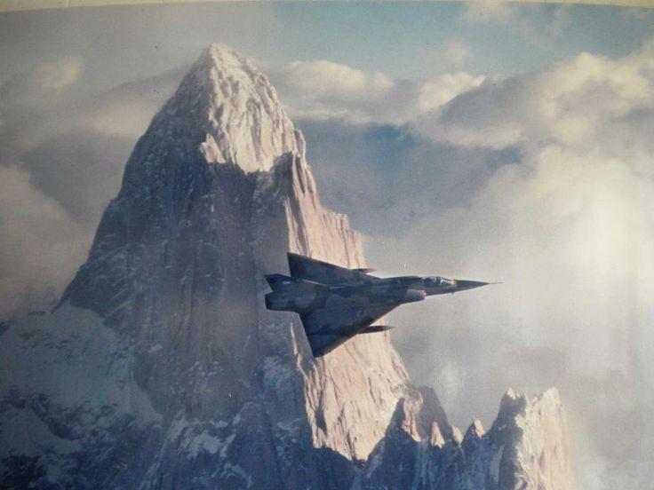 Mirage De Fondo El Cerro El Chaltén,Piloto Pepe Mollano-Prov. De Sta. Cruz.