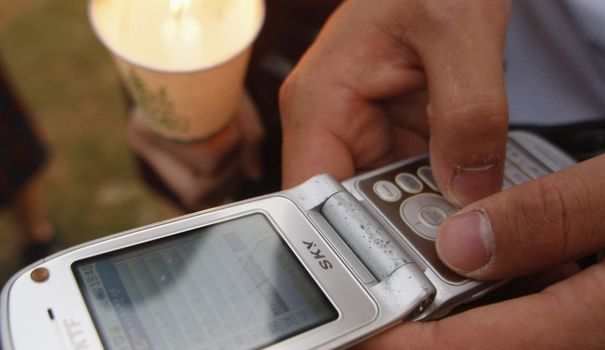 """La méthode simple pour parler SMS """"en français dans le texte"""""""