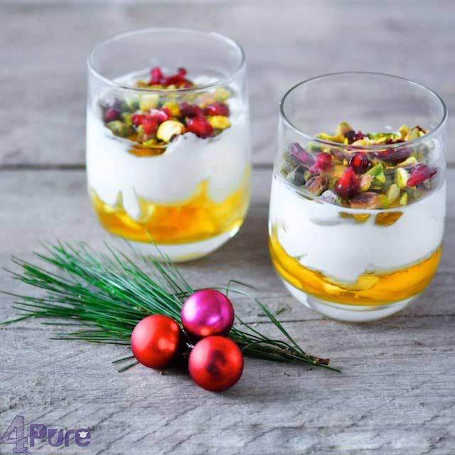 thick yogurt with honey and topping