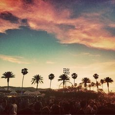 Cotton candy skies over Coachella. Have a great weekend!