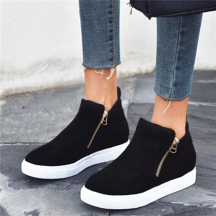Womens fashion sneakers in 2020