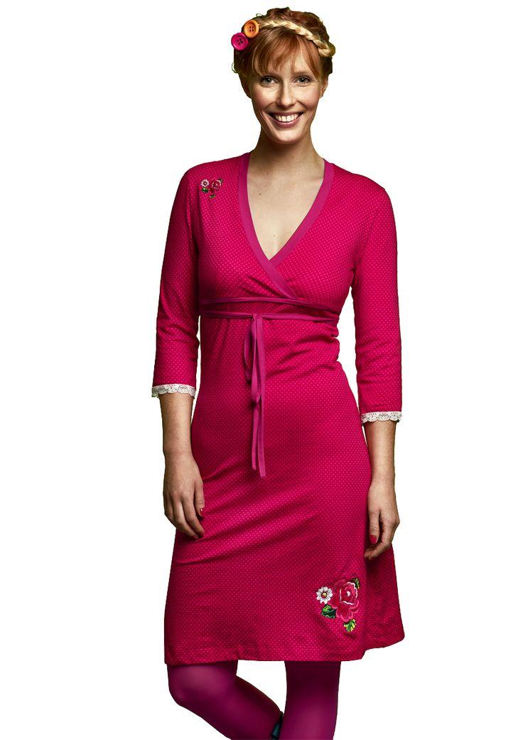 Tante Betsy Ik weet ik heb twee roze jurken met 'lange' mouwen, maar dit is ook zo'n cutie!