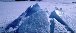 Αuto  Planet Stars: Μία τεράστια «ανωμαλία» κρύβεται κάτω από τον πάγο...