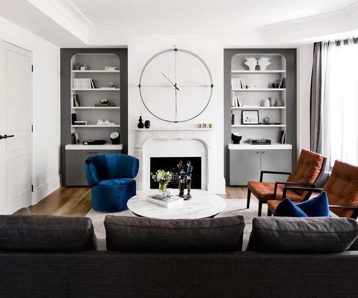 Interior designer Gilliane Griffiths designs the ultimate apartment for entertaining with elegance in Melbourne.