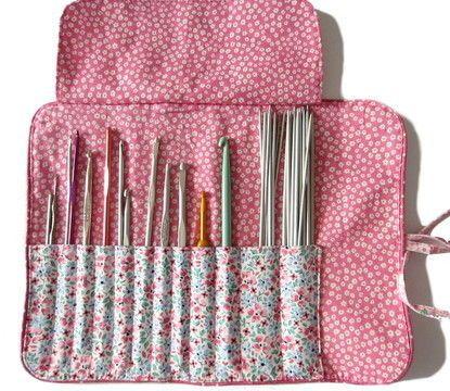 Tutoriel gratuit de la trousse pour ranger vos crochets - Patrons et tutoriels…