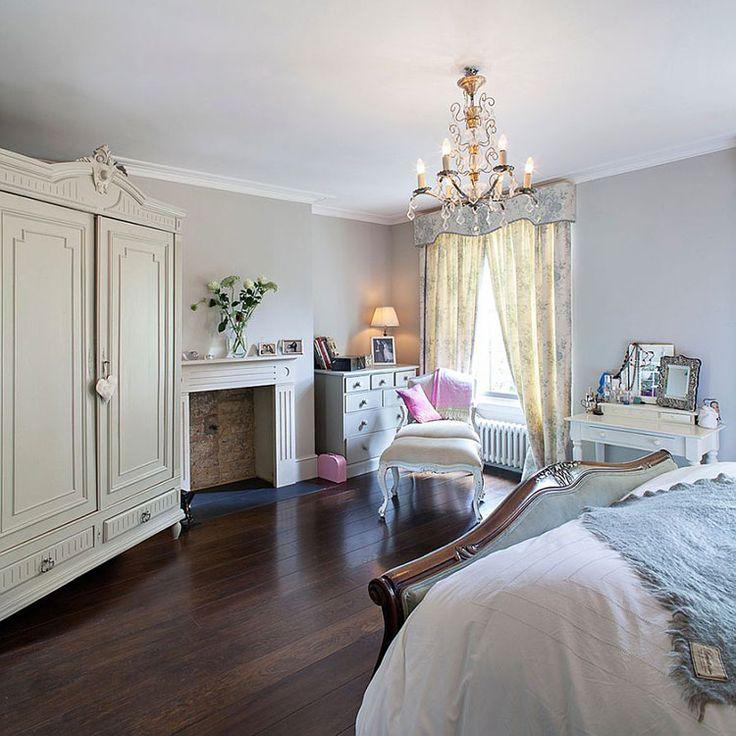 Camera da letto in stile vittoriano n.06