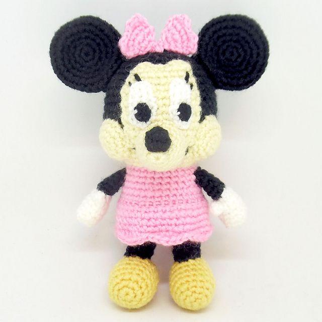 Mickey Mouse Amigurumi Crochet Pattern PDF | Crochet mickey mouse ... | 640x640