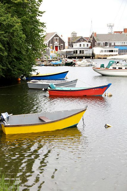 ✔️Woods Hole, MA - Summer in Cape Cod Photo by blogger redsie05 - http://redsie05.blogspot.com/search/label/cape%20cod