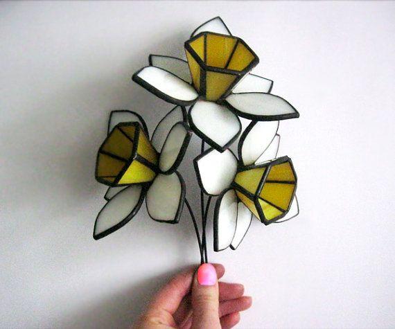 Flores de vidrio Daffodils.Stained de vidrio. Ramo de por MyVitraz