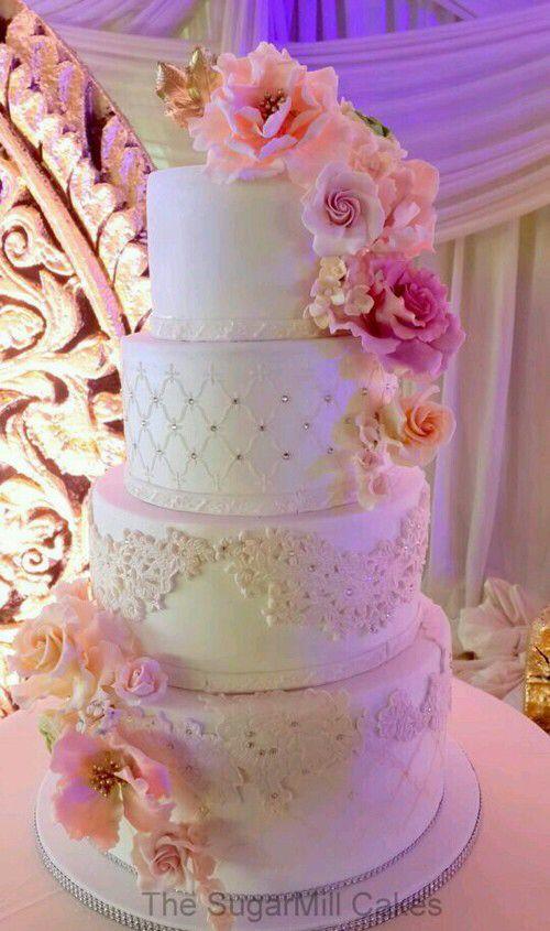 Pin De вя тт иу ѕ тт En Sweet 16 Wedding Cakes