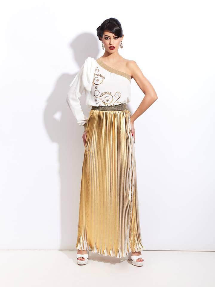 Preciosa #falda larga dorada de #Sahoco disponible en la #tienda #online de la #boutique #MaribelFernández, ¿¿te gusta??