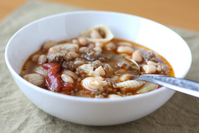 Pasta Soup with   White Beans and Sausage: White Beans, Belle Peppers, Pasta Soups, Sausages Recipes, Barefeet, Mr. Beans, Sausages Soups, Sausage Recipes, Soups Stew