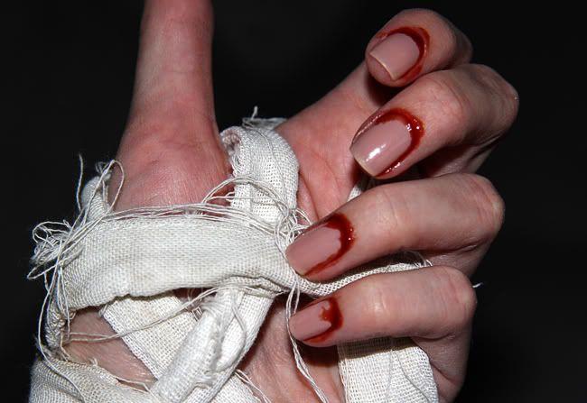 Halloween Mummy Nails