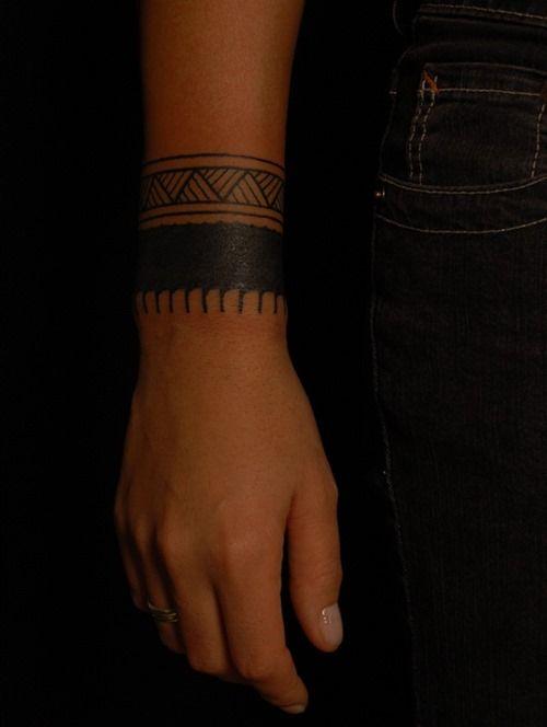 20++Amazing+Solid+Armband+Tattoos+(2)