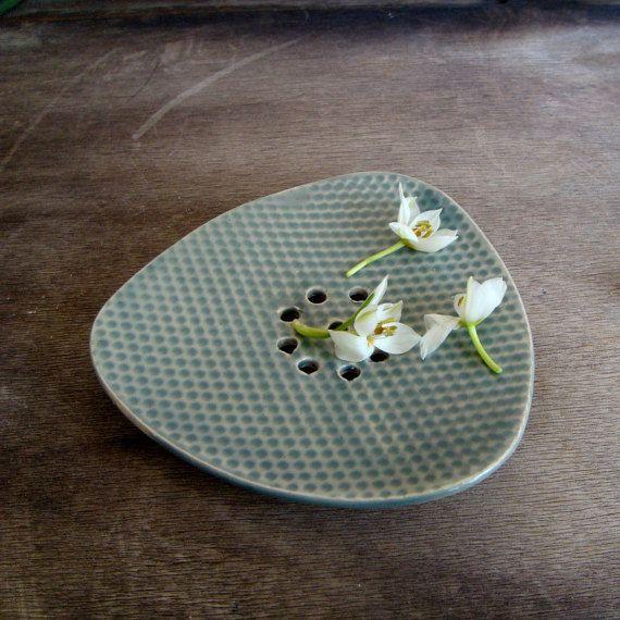 Porte-savon en céramique, porte-savon de poterie, points à motifs, vert grisâtre, vidange porte-savon