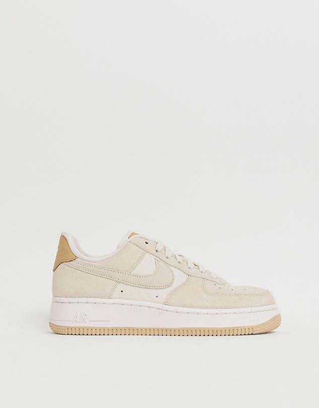 Nike Air Force 1'07 sneakers in off
