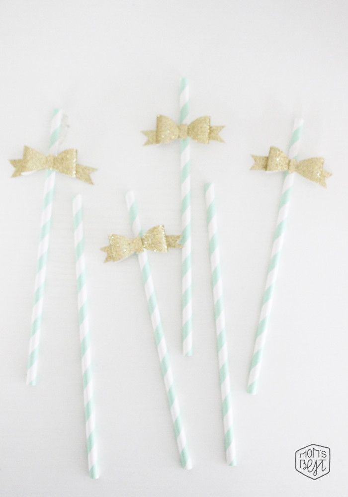 How To: DIY Dress up your paper straws with glittery paper bows. There's a template for the bows too.