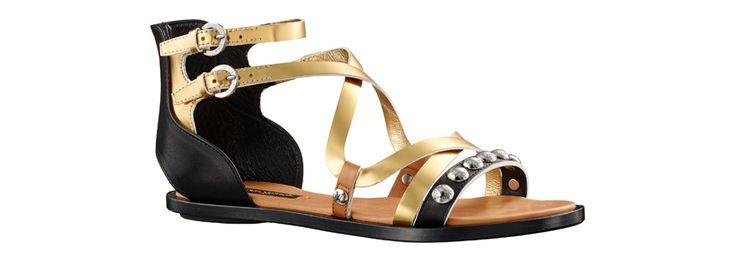 Louis Vuitton http://www.vogue.fr/mode/shopping/diaporama/shopping-sandales-du-printemps-ete-2014/19097/image/1007783#!louis-vuitton-sandales-en-cuir-miroir-shopping-sandales-ete-2014