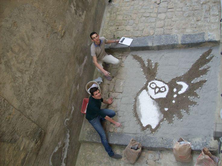 La civetta simbolo del logo la notte dei musei. Creata dai giovani della Casa Museo Caripa.