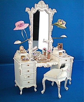 Artisans in Miniature: Bespaq Vanity Table/Dressing Table and Stool