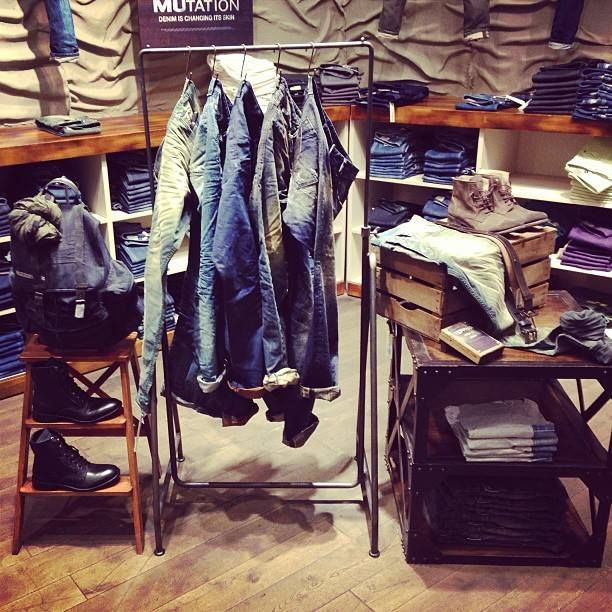 The way they display jeans creates homey atmosphere. The mood may make customers feel comfortable being in the store.