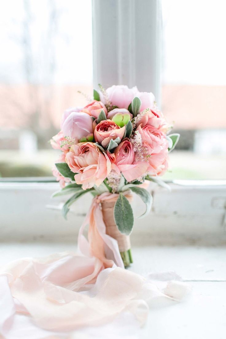 Ein Hochzeitstraum aus Rosa & Gold DIANA FROHMÜLLER http://www.hochzeitswahn.de/inspirationsideen/ein-hochzeitstraum-aus-rosa-gold/ #wedding #marriage #flowers