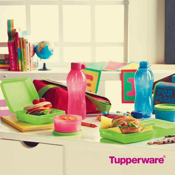 Tired of throwing away money on plastic baggies and bottled water? Invest in these great Tupperware containers for lunch at school or work and save money!