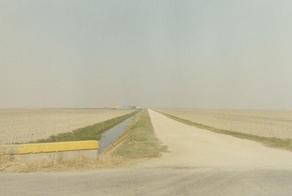 Luigi Ghirri, Verso Lagosanto, 1987   Artuner