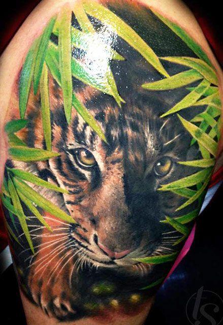 Realistic Animal Tattoo by Zsofia Belteczky | Tattoo No. 12176