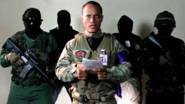 """<p>Este martes subió la tensión en Venezuela cuando un agente de la policía científica, identificado como Óscar Pérez, sobrevoló la sede del Tribunal Supremo de Justicia (TSJ) en un helicóptero reclamando por la """"libertad"""" del país. Horas después, fue acusado por el presidente Nicolás Maduro de terrorismo y el chavismo comenzó una cacería contra el uniformado y el grupo de agentes que se le unieron a la sublevación.</p>"""