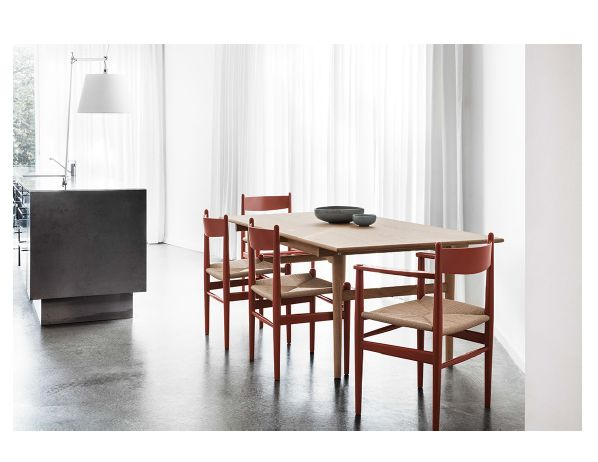 styling with Carl Hansen