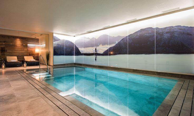 Indoor swimming pool with jet stream and jacuzzi #swimming #pool #spa #stanton #luxurychalet
