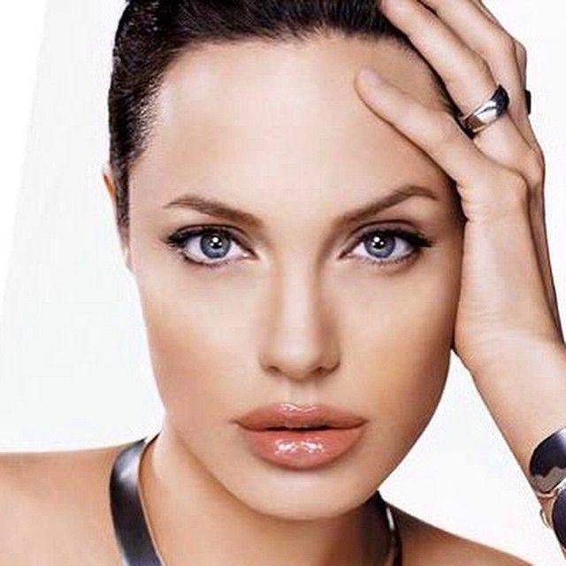 Angelina Jolie @angelinajolieofficial (fans account) on ... Angelina Jolie Instagram
