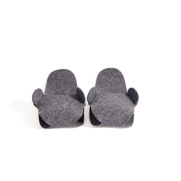 http://designersko.pl/boogiedesign-kapcie-filcowe-puppets - Składane kapcie z naturalnego, wełnianego filcu (100% wełny).  #design #dizajn #felt