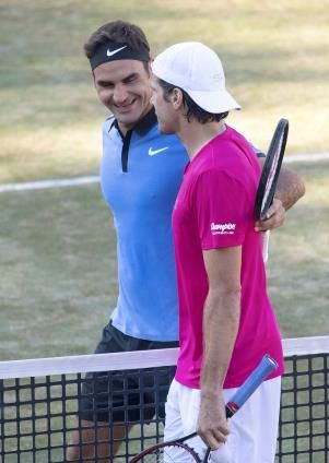Tennis - Tennis: Federer beaten by 39-year-old Haas on Stuttgart return