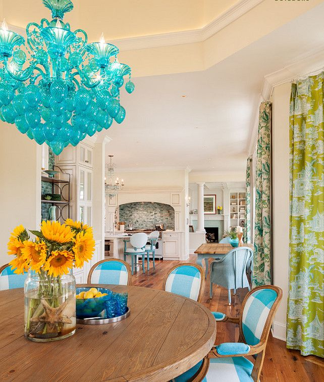 Beach house dining area with coastal colours | Home Bunch     ᘡղbᘠ