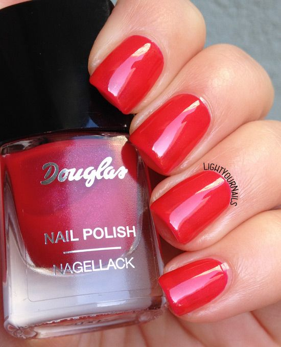 Douglas 15 Bal des pompiers - Light Your Nails!