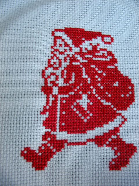christmas cross stitch santa by elsy965, via Flickr