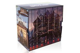 """Here's what the new boxed set will look like:   """"Harry Potter"""" Gets Seven New Illustrated Covers"""